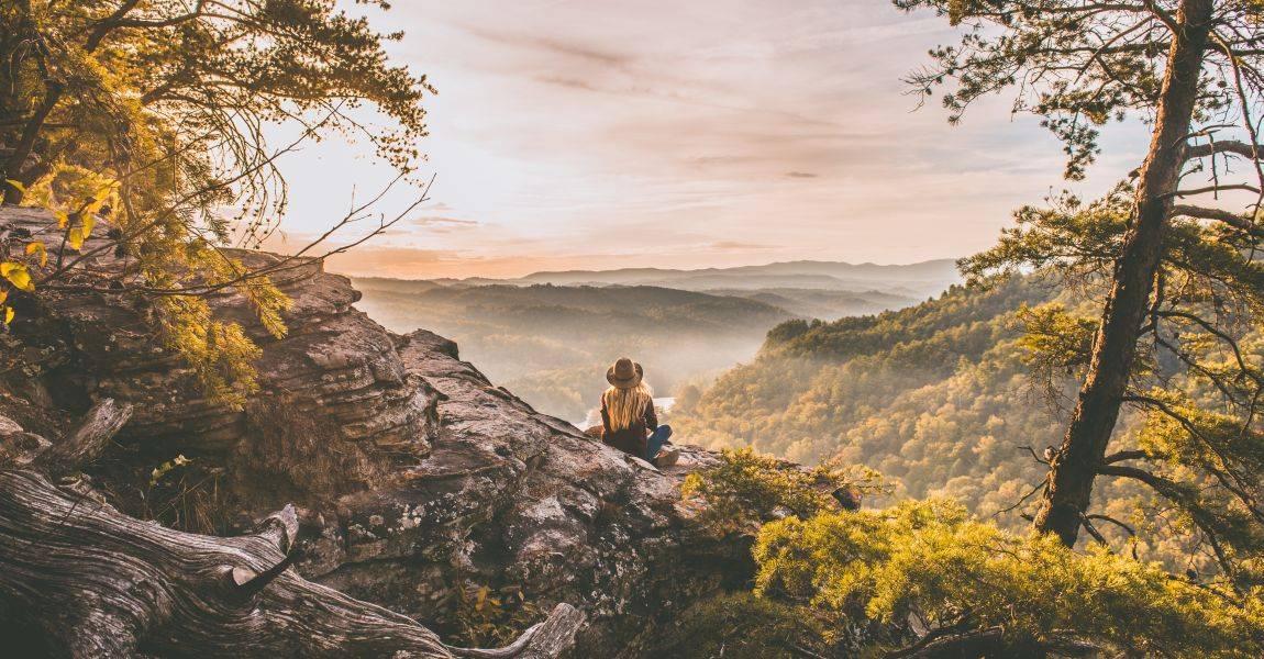 Горы, деревья, замок, Ася, Зоя, сновидица, рассказ, Александра Андреевна Данилова