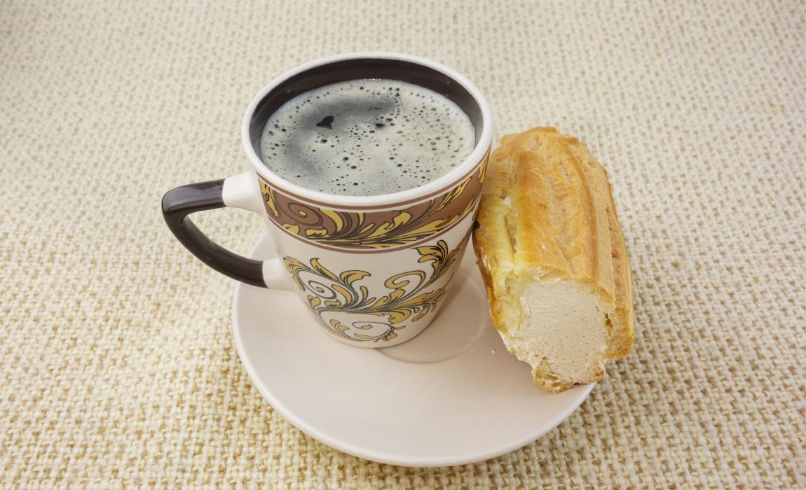 Заварное пирожное, утро, кофе, фото