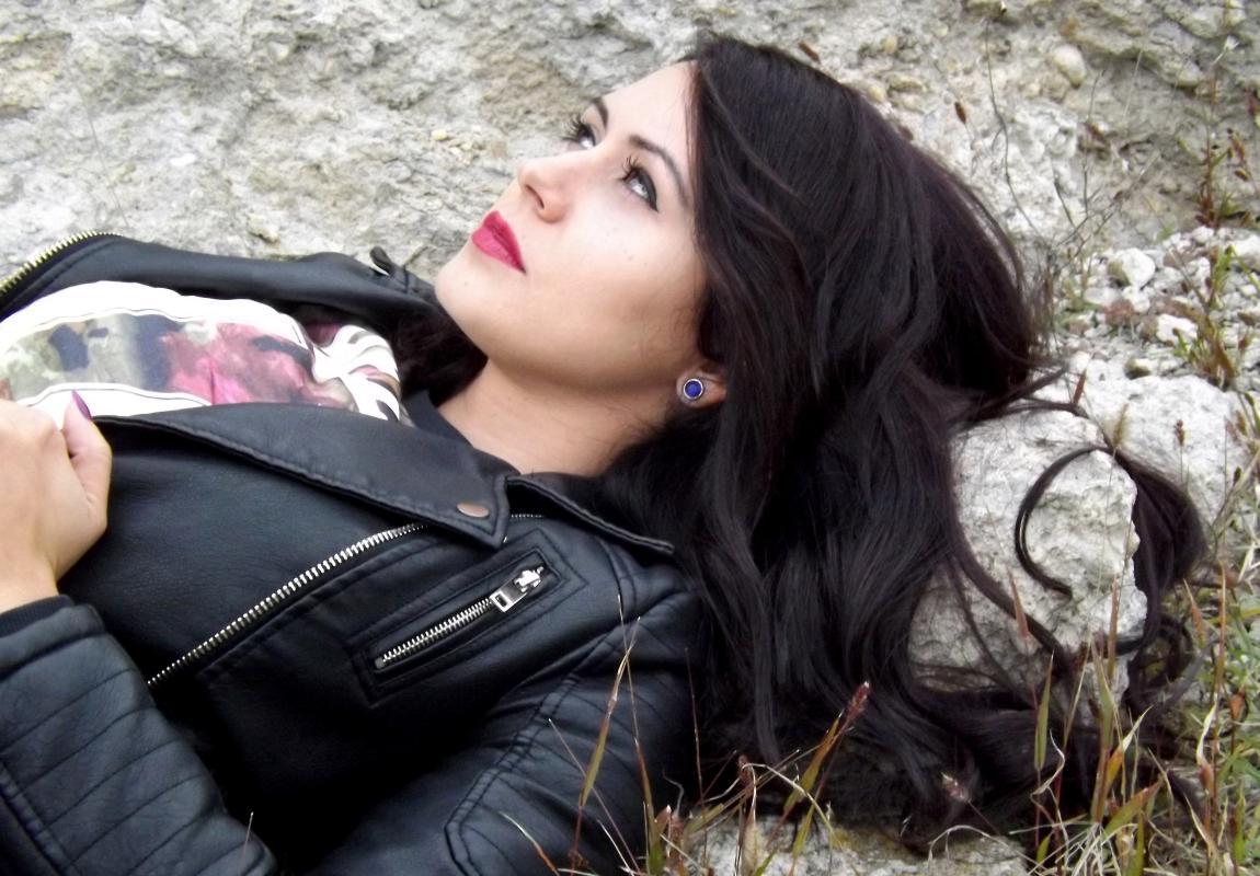 Назханум, девушка, имя, уникальное, код счастья, чёрные волосы, любовь
