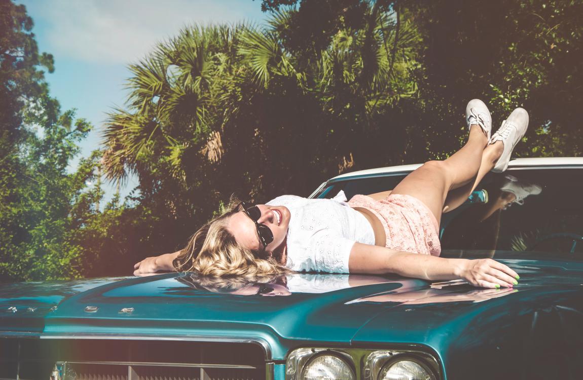 Женщина, автомобиль, машина, лето, солнце, радость, любовь, отдых