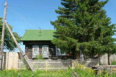 Старый деревенский дом, Лучинкино, фото, мальчик со шваброй, повесть Бинокль Минокс, Олег Чувакин