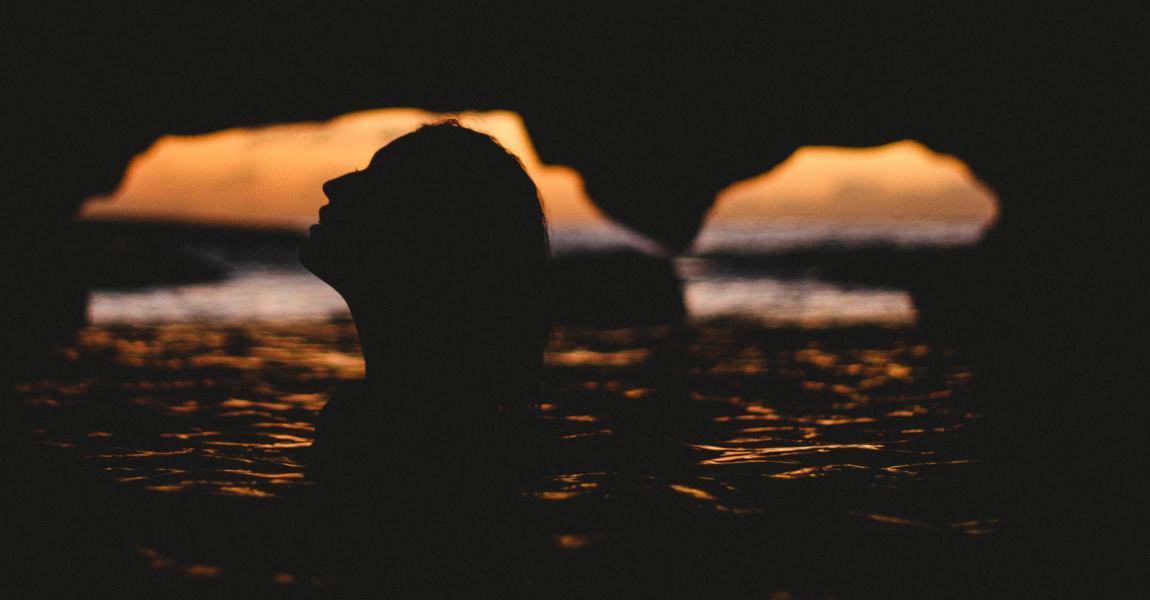 Девушка в воде, фото, иллюстрация, рассказ