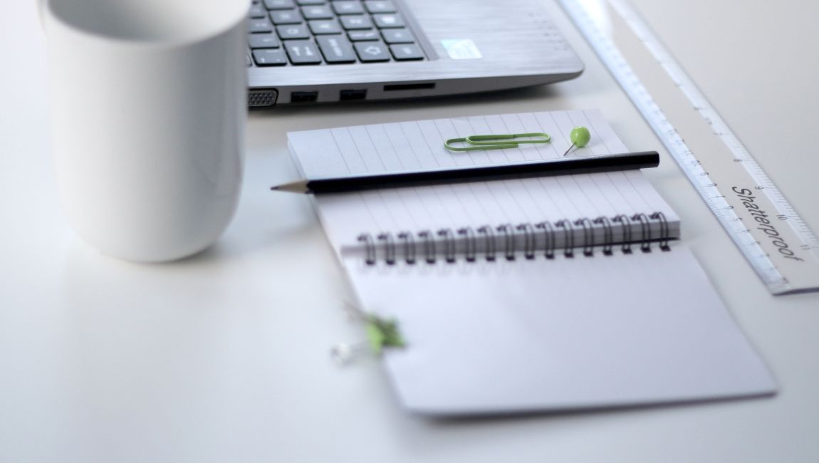 Ubuntu Mate, ноутбук, зелёный цвет
