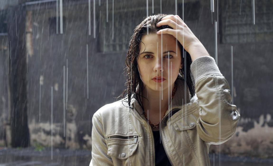 Дождь, ливень, девушка, рассказ Инны Ким