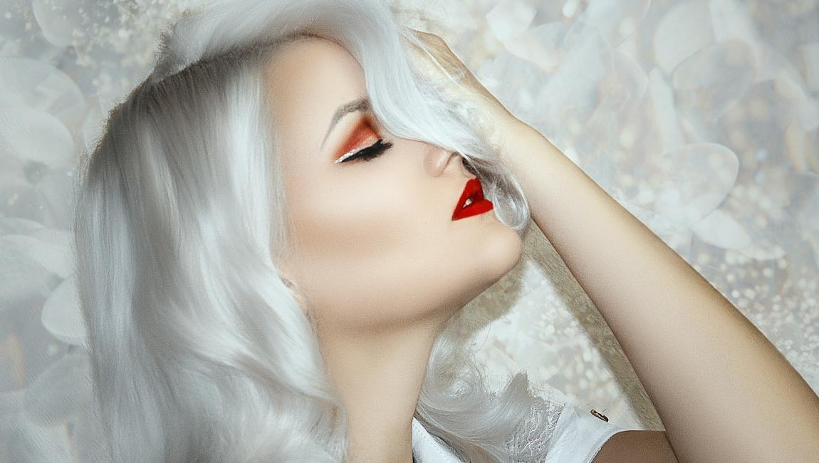 Девушка, белые волосы, последнее свидание
