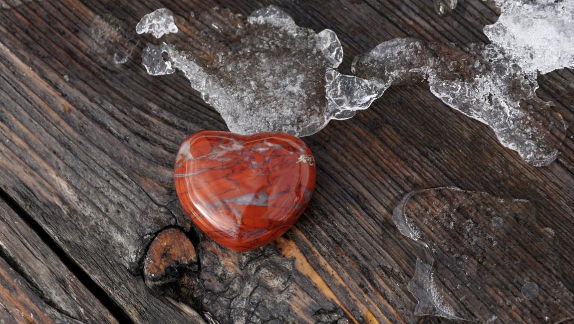 Сердце, лёд, стол, час расплаты
