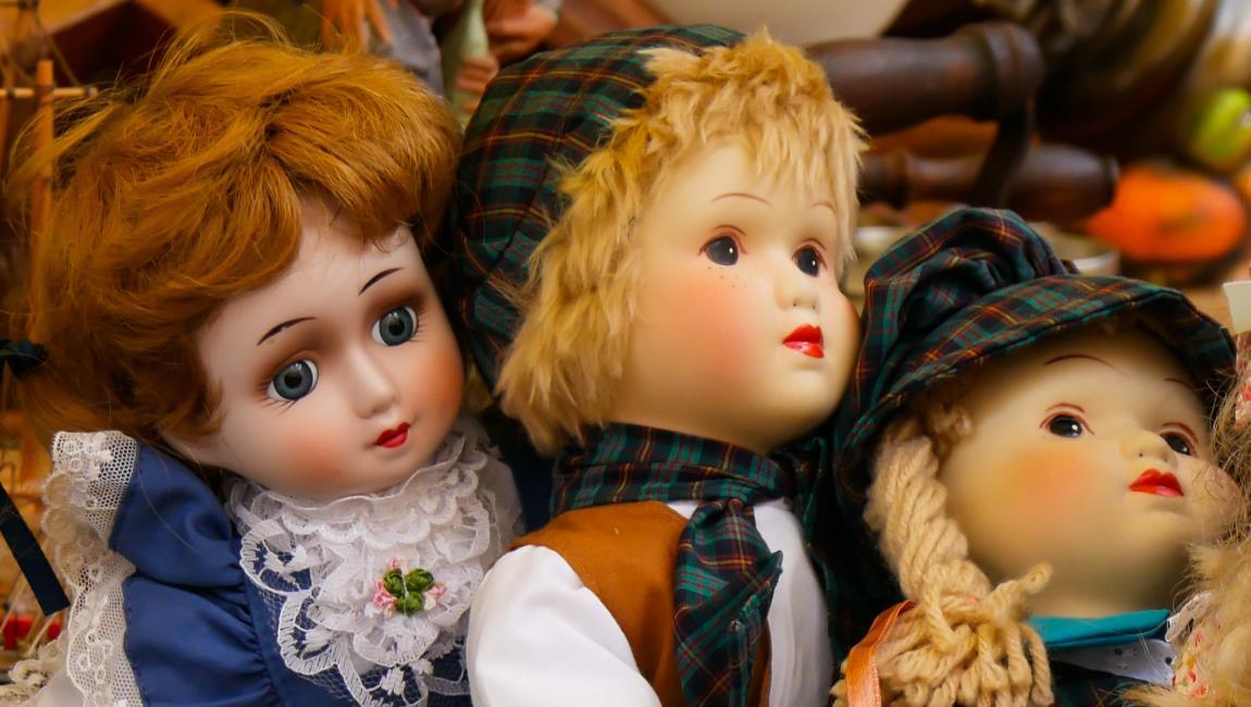 Куклы, выставка, иллюстрация к рассказу