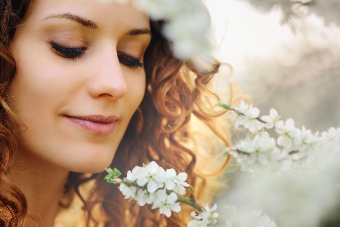 Прекрасная женщина, 8 Марта, праздник, поздравление с женским днём
